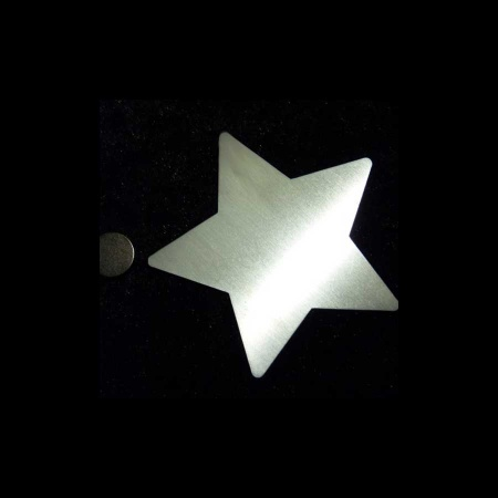 Stern M mit Magnet