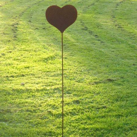 Stahlherz Gartendeko mit 100 cm Bodenstecker