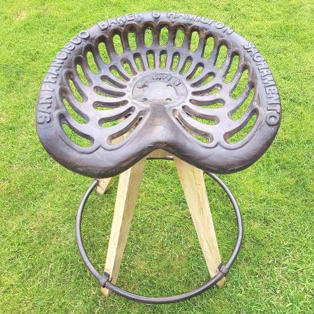 Barstuhl Traktorsitz industrial Vintage Design Trecker Barhocker