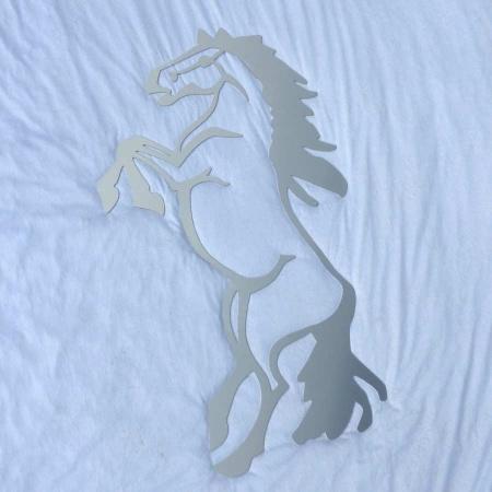 Edelstahl Pferd steigend Wanddekoration