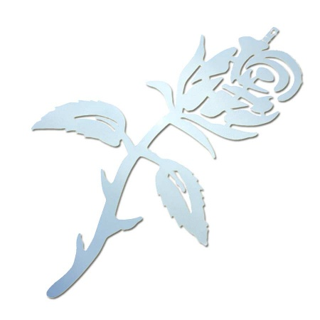 Riesige Edelstahl Rose als Wanddekoration