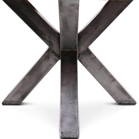 Metallgestell im Industrie Design für die runde Tischplatte