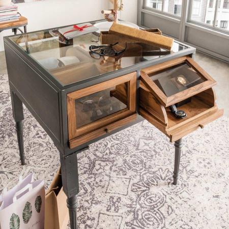 Präsentations Tisch Kommode Glasplatte Eisen Pray 83 cm