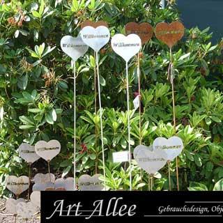 Herz aus Edelstahl Ausstellung Baumschule