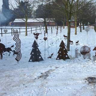 Stahl Artikel auf dem Weihnachtsmarkt Niep